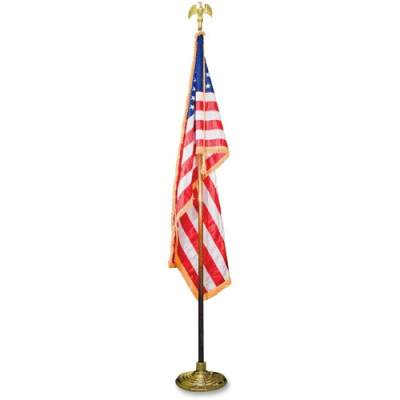 Advantus Goldtone Eagle Deluxe U.S. Flag Set (MBE031400)